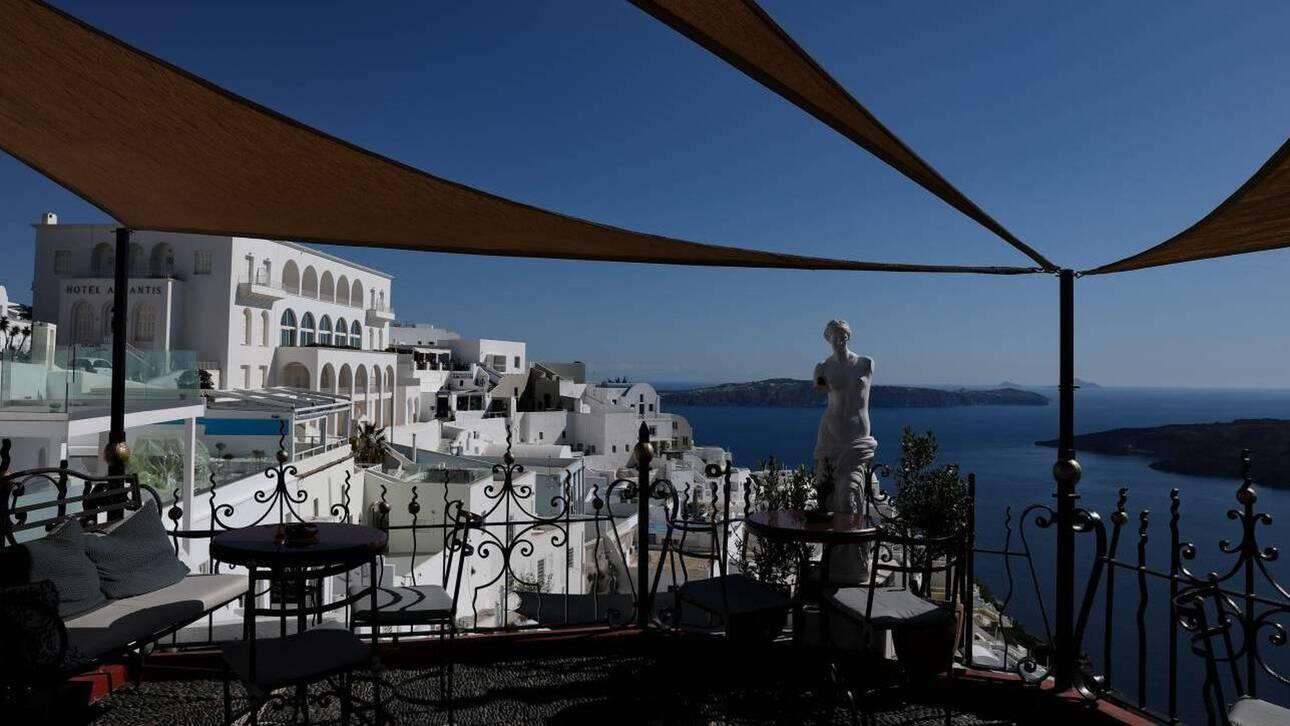 Ανοιχτό το ενδεχόμενο παράτασης της τουριστικής σεζόν άφησε ο Θεοχάρης (cnn.gr)